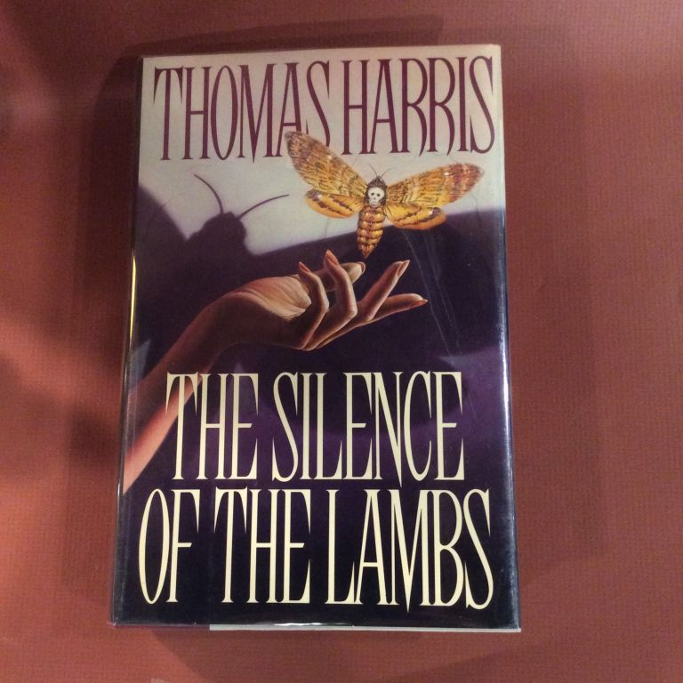 THE SILENCE OF THE LAMBS. Thomas Harris