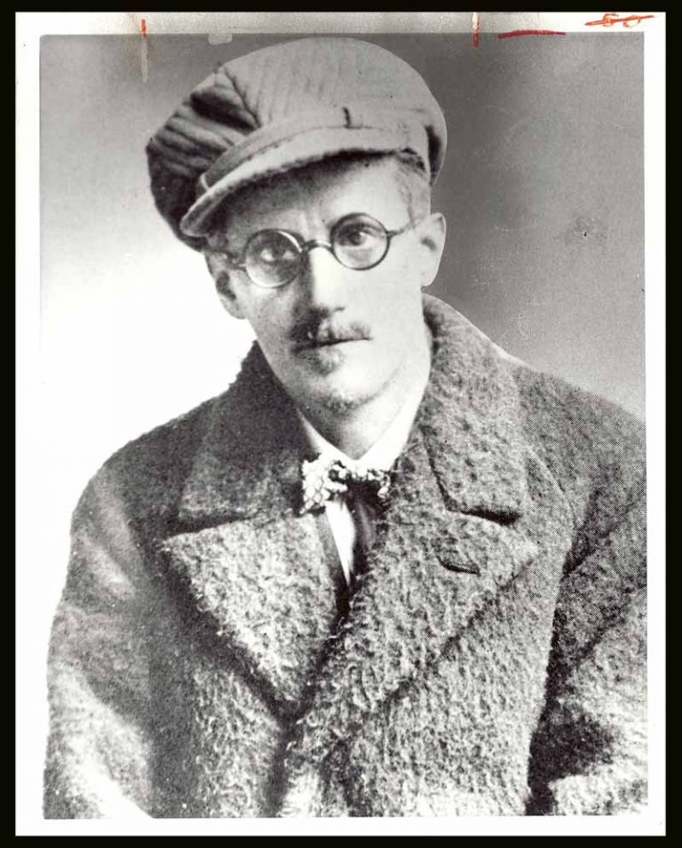 PRESS PHOTO. James Joyce