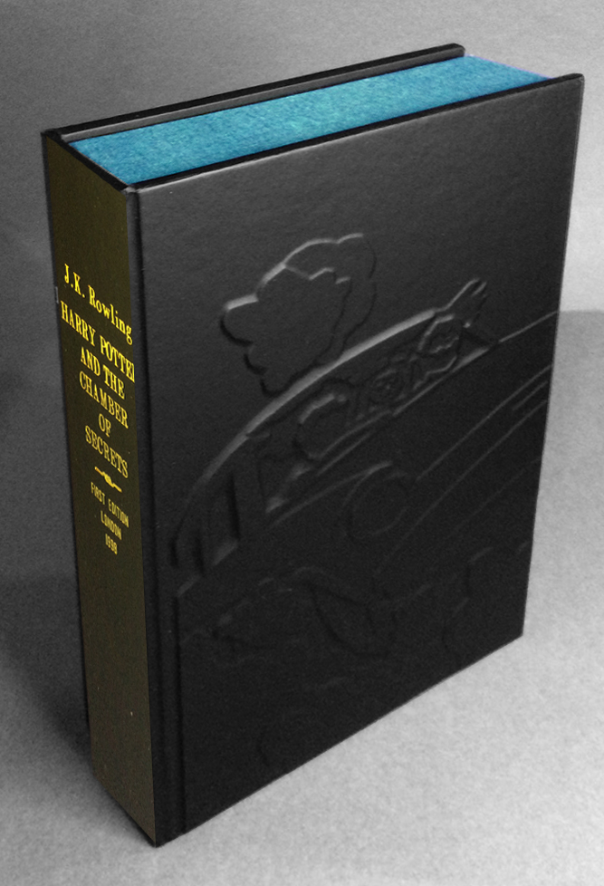 HARRY POTTER AND THE CHAMBER OF SECRETS (Collector's Custom Clamshell case only - Not a book]. J....
