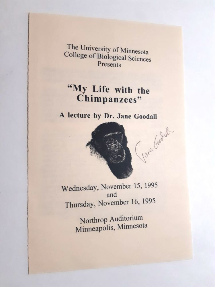 MY LIFE WITH THE CHIMPANZEES. Jane Goodall.